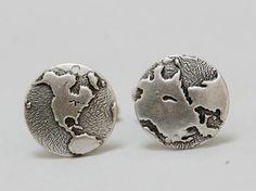Globe Men's Cuff links in Antiqued Silver