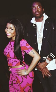 Welcome to Sabi 9ja's Blog: New hiphop couple! Meek Mill and Nicki Minaj perfo...