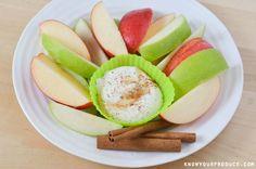 Apples with Maple Cinnamon Greek Yogurt Dip