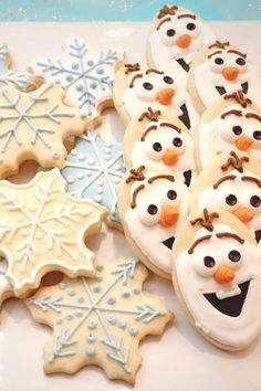 The Best Rolled Sugar Cookies | Perfect for decorating! These classic sugar cookies are great for cookie-cutting and decorating during the holidays or anytime you feel festive.