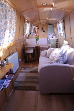 The Top Notch Boat Company | High Quality Narrow Boat Builders