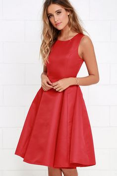 Everything She Does Red Midi Dress at Lulus.com! neeeeed this for graduation