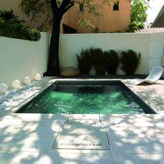 la simplicité d'une piscine XS parfaitement intégrée.