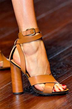 Stylish Spring 2015 Shoes As Spotted at Milan Fashion Week-GUCCI