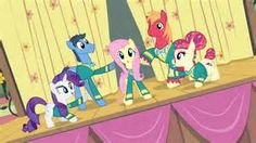 "My Little Pony: Friendship is Magic // Fluttershy and Ponytones ""got the music"" in Filli Vanilli."