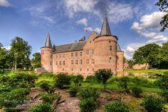 Helmond Castle, Brabant, The Netherlands, photo: @idip012