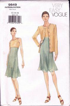5d5c72e0f898 Size 12-16 Misses  Easy Sewing Pattern - Princess Seam Sleeveless Short  Dress Pattern