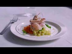 Cosa puoi realizzare col fantastico Robot da cucina KitchenAid Italia Artisan ?! Oltre alla funzione planetaria, svolge innumerevoli funzioni grazie ad un secondo attacco dove si agganciano una vasta gamma di accessori. Il motore è in acciaio ed è davvero potente, e la gamma di colori infinita. http://www.cucinaincasa.com/novita/impastatore-kitchen-aid-artisan/2016/6156 #villamontesiro #fratelli_villamontesiro #villa_casalinghi #ul_piatè_de_munt #kitchenaid #artisan