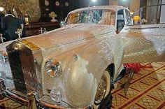 Rolls-Royce covered with 1 million Swarovski crystals