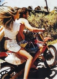 Nothing goes together better than the beach and motorcycle rides <3