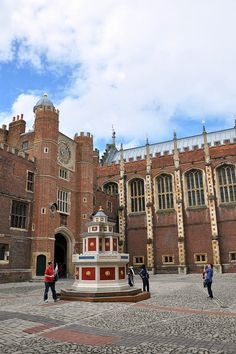 Hampton Court Palace - London This looks just like the UK at Epcot.  Or should I say that Epcot UK looks just like this.