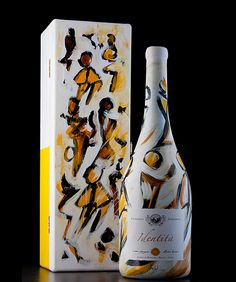 Bianco Identità 2011. Handpainted bottle by the artist Silvano Spessot.