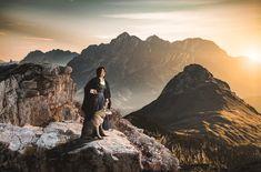 Die Vielfalt des Almliesl Urlaubsprogrammes reicht von der rustikalen Berghütte direkt an der Piste oder das moderne Chalet mit Sauna, bis hin zum Urlaub am Bauernhof, umgeben von Hoftieren, Wiesen und Wäldern. Sauna, Mountains, Nature, Travel, Winter Vacations, Summer Recipes, Traveling, Viajes, Nature Illustration