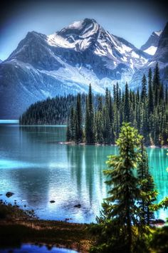 Near Spirit Island on Maligne Lake in Jasper National Park, Alberta, Canada.