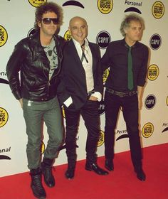 ♥♥♥ Soda Stereo, Marc Bolan, Film Music Books, Percy Jackson, Rock Bands, Fictional Characters, Frases, Band Photography, Gustavo Cerati