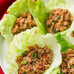 Slow Cooker Asian Chicken Lettuce Wraps - Ideas (i will organize this once school is over) - Wraps Recipes Thai Chicken Lettuce Wraps, Asian Lettuce Wraps, Chicken Salad, Slow Cooker Huhn, Slow Cooker Chicken, Asian Crockpot Chicken, Clean Eating Snacks, Healthy Eating, Salads