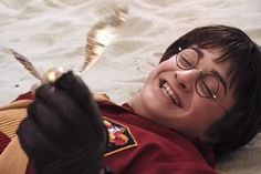 Which Quidditch Position Is For You? - Are you a Beater, a Keeper, or a Seeker like Harry Potter? - Quiz