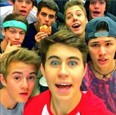 Jack Johnson, Nash Grier, Carter Reynolds, Taylor Caniff, Hayes Grier, Jack Gilinsky, Matt Espinosa and Aaron Carpenter (MagCon Boys)