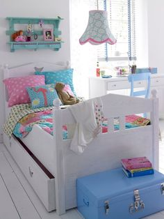 Girl room decor hacks, Unclear How To Change Your Home? Begin Using These Home Design Tips Hm Deco, Kids Bed Design, Deco Kids, Little Girl Rooms, Kid Beds, Kids Decor, Girls Bedroom, Bedroom Decor, Design Bedroom