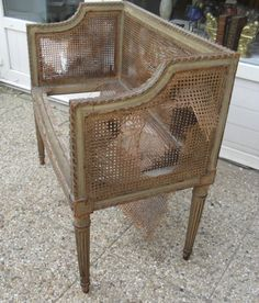 Table basse so british meubles et rangements par for Le pere du meuble furniture