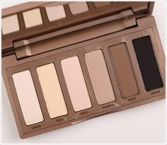 Urban Decay Naked Basics. Im a sucker for neutrals and even though i have the first two naked palettes the idea of all mattes is very tempting! Anyone wants to get me a Christmas gift this is it hahaha