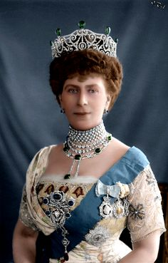 Queen Mary, wife of King George V and grandmother to Queen Elizabeth II