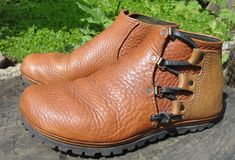 WHAT: this is a 5-day shoe making class. in which, we will all build a custom pair of welted moccasin boots with a vibram outsole. WHEN: 2016 september 7-11th 9am till 5-ish pm each day WHERE: my home basement workshop in north portland, oregon HOW MUCH: $600. (at least 1/2 deposit needed to register) >>MORE