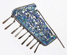 A Chinese hair pin made from silver and enamel, 19th Century, Qing Dynasty. The Daalder Collection