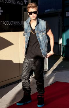 Is Justin Bieber trying to turn into a Bad Boy?