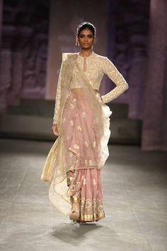 Anju Modi at India Couture Week 2014 - jacket blouse sari. Beautiful colors like peaches, steel blues etc. India Fashion, Ethnic Fashion, Asian Fashion, Sari Blouse, Indian Dresses, Indian Outfits, Indische Sarees, Saree Jackets, Indie Mode
