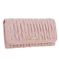 Your fashion statement wallet