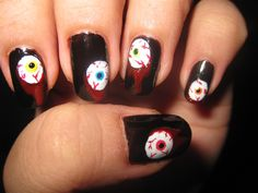 Manicure per Halloween  unghie con pupille pazze Easy Halloween 489a62e4c6ef