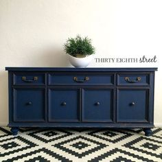 The Donovan Console by Thirty Eighth Street. Refinished in Country Chic Paint Peacoat. #thirtyeighthstreet
