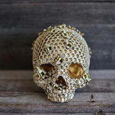 Jack-Of-The-Dust-human-skulls-3