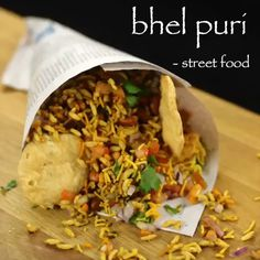 Puri Recipes, Pakora Recipes, Paratha Recipes, Spicy Recipes, Vegetarian Recipes, Bhel Recipe, Bhel Puri Recipe Video, Chana Chaat Recipe, Indian Dessert Recipes