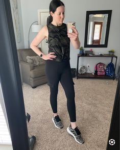 I love Saturday. Can I get a heck yeah? I'm super sore from my workouts this week. I'm talking muscles I haven't used in a longgggg time. 😆💪🏻 🔥 Feels like progress. I've decided that with kids and work, no schedule/day will be the same. I just have to fit it in where I can. Going for that next 5 pounds! 🔥 By the way, I just bought these leggings and I my favorite part...pockets! Linked them for y'all on the #liketoknowit app. Download the app, then screenshot this pic to have it emailed to