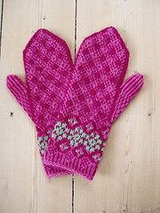 Ravelry: Keefely Mittens pattern by JoLene M. Treace