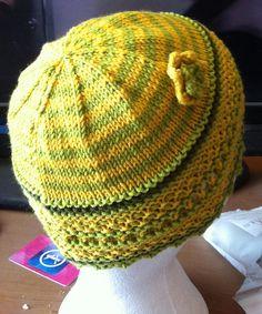 Ravelry: Aine Hat pattern by Loraine Birchall #giftalong2014