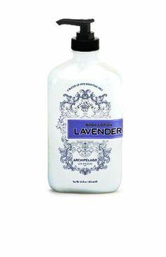 Empapa tu piel con una crema rica en fragancias y con todos los beneficios de la Lavanda.