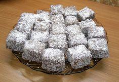 K upečeniu tohoto koláčika ma inšpirovala pani Petra Hubináková, ktorej sa koláčik tak fantasticky vydaril, že sme naň doma okamžite dostali chuť. Desserts, Petra, Food, Treats, Sweet, Basket, Tailgate Desserts, Sweet Like Candy, Candy