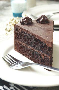 DROP DEAD CHOCOLATE CAKE - GÂTEAU AU CHOCOLAT DÉCADENT