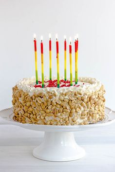 Italian Rum cake whole-made with sponge cake, vanilla n chocolate pastry cream, butter cream frosting, rum and crushed peanuts. Italian Rum Cake, Italian Desserts, Italian Recipes, Italian Cookies, Vanilla Rum, Vanilla Sponge Cake, Stabilized Whipped Cream Frosting, Buttercream Frosting, Coca Cola