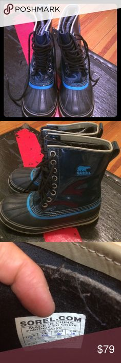 🎉HP Navy Sorel waterproof fleece lined boots 💥⚡️FLASH SALE 💥Authentic great Sorel winter boots waterproof with removable boot liner (fleece/wool  i think). Hand crafted natural rubber. Super warm and sturdy. Color is a dark blue like black and turquoise lining. Can upload more pics if u like! SOREL Shoes Winter & Rain Boots