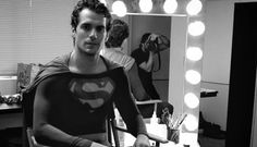 Man of Steel director Zack Snyder just shared an image highlighting the first time Henry Cavill ever wore a Superman costume.