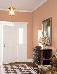 Korridor im Retro Stil mit Wandfarbe Apricot