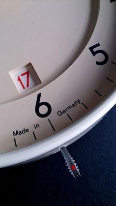 Original BRAUN ABK 40 quartz wall clock Dietrich LUBS Dieter Rams modernism DATE
