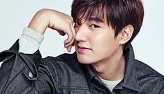 Samsonite RED has moved on from Kim Soo Hyun to another Hallyu star, Lee Min Ho, as the brand's model. Min Ho was an easy pick as his stylish proclivities are a perfect fit for the brand's image. C...