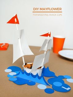 Thanksgiving Tepee and Mayflower Snack Cups for the Kids Table DIY Mayflower snack cups for the Thanksgiving dinner table – fill with dried fruits and nuts Easy Fall Crafts, Paper Crafts For Kids, Craft Activities For Kids, Diy Crafts, Handmade Crafts, Thanksgiving Crafts For Kids, Thanksgiving Decorations, Thanksgiving Table, Table Decorations