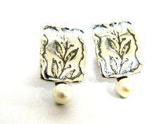 Silver set pearls earrings / floral earrings for women / dangle earrings / earrings etsy by Bluenoemi on Etsy