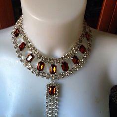 #collana fatta a mano con #cristalli trasparenti e gialli e relativo pendente. Info@oro18.eu #oro18 #bijoux #bigiotteria  FB: oro18 fantasie creative